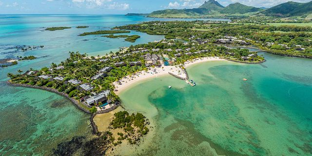 Mauritius coastline and islets tour helicopter flight (10)